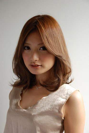 japanese hairstyles for shoulder length hair i love this medium length cut hair cuts color