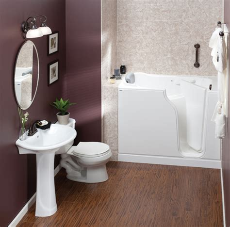 Walk In Bathtub With Shower by Handicap Accessible Bathtubs And Showers Walk In Tubs