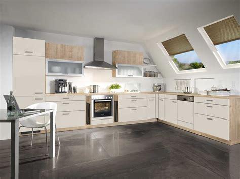 Schubkästen Für Küchen by Moderne Fliesen F 252 R Bad Im Dachgeschoss