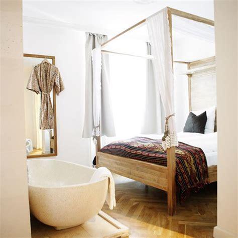 bathtub in bedroom design trend bathtub in bedroom interiorholic com
