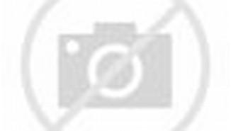 ... Olivia Mai Sandie dan Beverly Sheila Sandie di Rooftop Cafe, Kemang