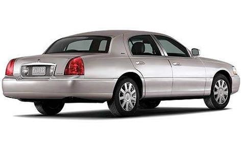 how petrol cars work 2011 lincoln town car interior lighting 2011 lincoln town car gas tank size specs view manufacturer details