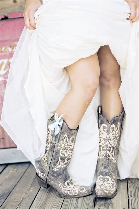wedding cowboy boots bridal cowboy boots with blue bow smith nest andie