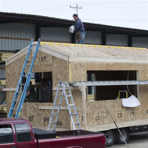 fyi tiny house nation episodes fyi tiny house nation episodes 28 images 300 sq