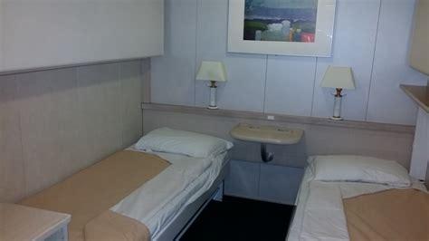 cabina interna gnv nave rapsody traghetti