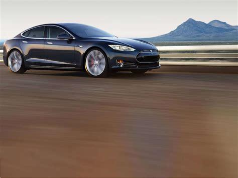 Driverless Tesla Us Probes Fatal Crash In Tesla Set To Driverless Mode