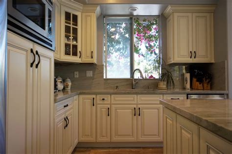 white rta kitchen cabinets antique white rta cabinets