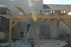 Pergola Rafters by Pergola Post Vii Setting The Rafters Part 2 Diy Fun