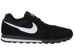 Nike md runner 2 in black for men lyst