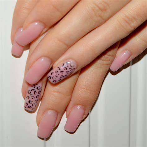Nageldesign Inspiration by Stiny Style N 228 Gel Nageldesign Inspiration N 228 Gel Leo