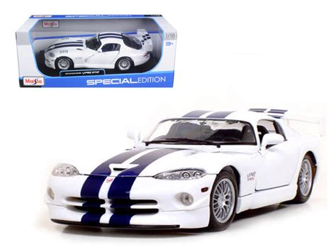 Diecast Dodge Viper Gt2 118 Dodge Viper Gt2 1 18 Diecast Model Car By Maisto