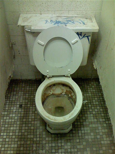 Bathroom Toilet Smell Gas Gas Station Toilet Jpg