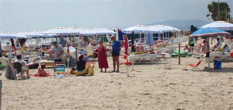 appartamenti mare alba adriatica residence con appartamenti vacanze con spiaggia privata ad