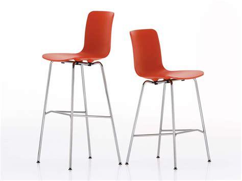 vitra hal bar stool buy the vitra hal bar stool medium at nest co uk