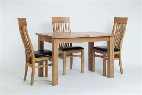 Extendable Oak Dining Table And Chairs Oak Small Extending Dining Table Hshire Furniture Extendable Oak Dining Table And