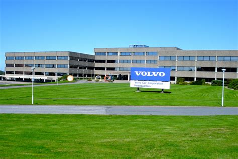hcl tech buys volvos external  business   computer business review