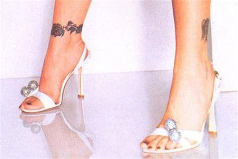 alyssa milano wrist tattoo november 2010 arts