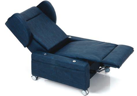 poltrona usata poltrona reclinabile usata divano chateau d ax usati in