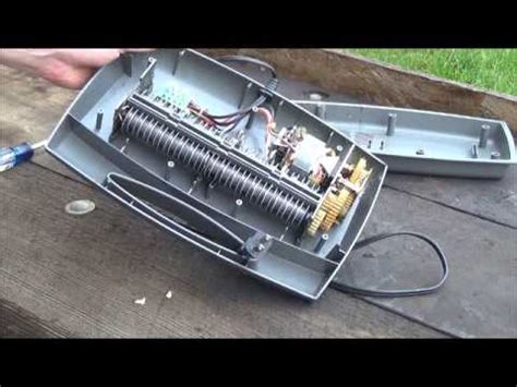 How To Make A Paper Shredder - scrap a paper shredder whats inside and what s it worth