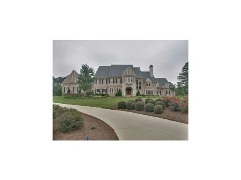Willie Robertson S House by Zolciak S House Is On The Market Again