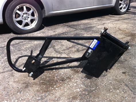 Jeep Xj Spare Tire Carrier Brand New Oem Jeep Swingout Spare Tire Carrier