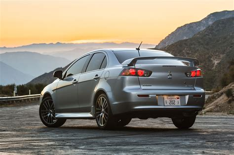 mitsubishi lancer 2016 2016 mitsubishi lancer gets new look drops ralliart turbo