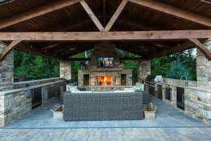 Inexpensive Outdoor Kitchen Ideas Outdoor Kitchen Easy To Build Cheap And Very Practical