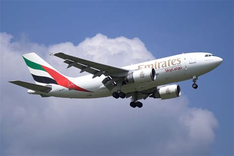 Emirates Cargo | file emirates skycargo a310f a6 efc jpg wikipedia