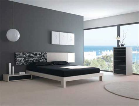 Grey Bedroom With Black Furniture Bedroom With Black And White Bed Grey Walls And Bedroom
