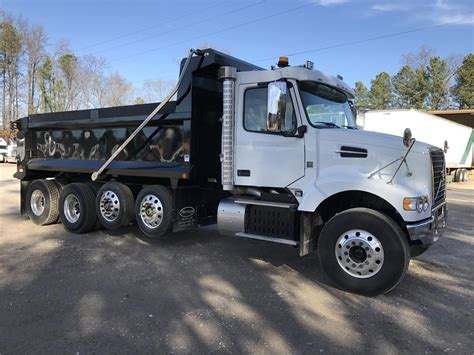 volvo 2017 truck 2017 volvo dump trucks for sale used trucks on buysellsearch