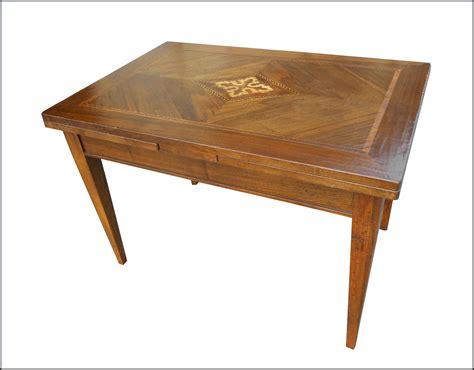mobili in stile antico tavolo in stile antico con piano intarsiato la commode