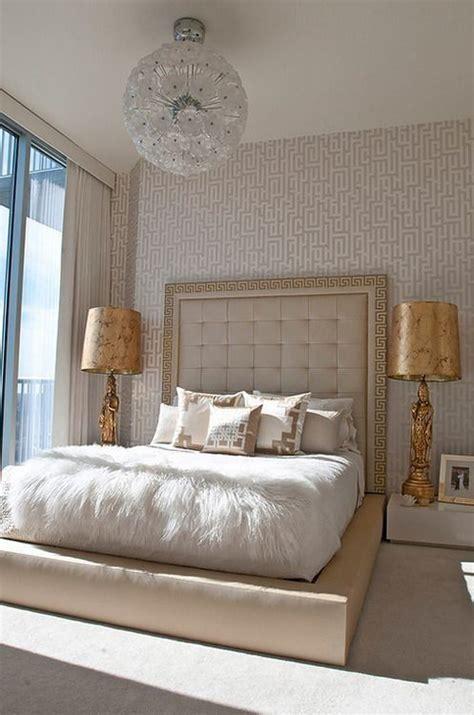 golden bedroom decor ideas