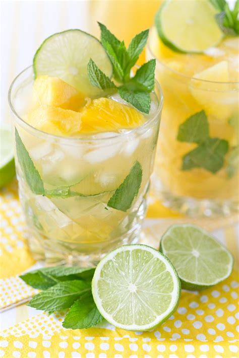 Links Pineapple Mojito by Summer Essentials Diy Pineapple Projects The Style