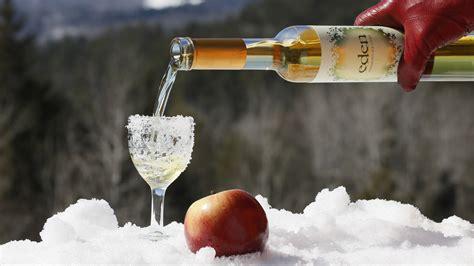 Tsty Icy Wine crowd act liquor