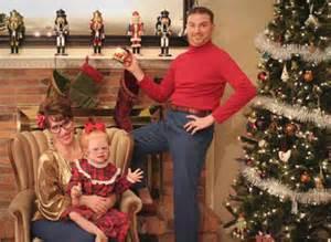 bad family christmas photos 24 ho ho horrible s team