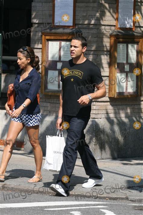 pictures nyc  exclusive daniel sunjata wearing  soldier  shirt