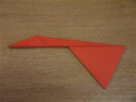 How To Make Paper Aeroplanes - paper aeroplanes the piranha