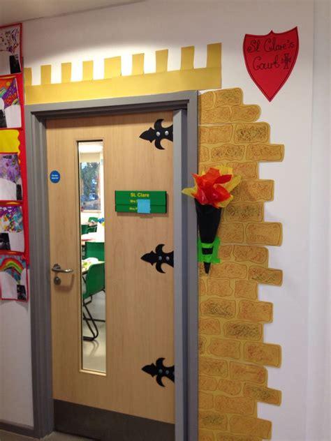 classroom door castle classroom door decorating classroom door