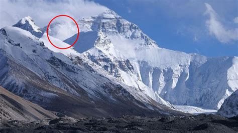 everest film completo youtube lord shiv lord shiva real images captured in himalayas