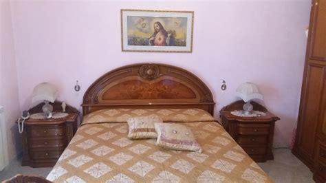 colorare parete da letto forum arredamento it come dipingere le pareti della