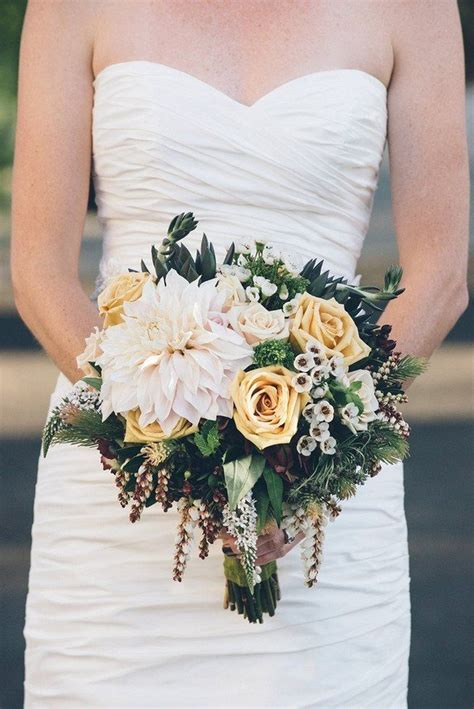 Bridal Flowers Near Me by Rustic Wedding Bouquets 10 Most Ravishingly Rustic Wedding
