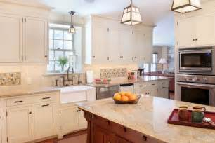 Kitchen Cabinet Lighting Ideas Cabinet Lighting Adds Style And Function To Your Kitchen