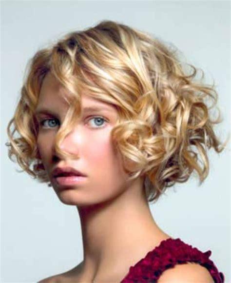 cortes de cabello ondulado corto 2016 cortes cabello pelo cortes peinados y color pelo rizado corto 2014
