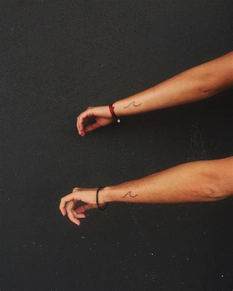 wave wrist tattoo best 25 henna tattoos ideas on