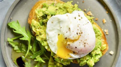 cucinare avocado come mangiare l avocado trucchi in cucina e ricette con l
