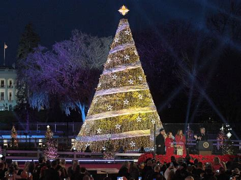 national christmas tree lighting 2017 melania trump leads 95th annual national christmas tree