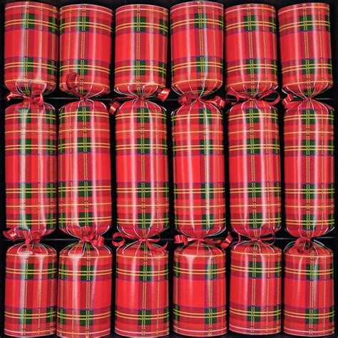 tartan christmas crackers tartantastic pinterest