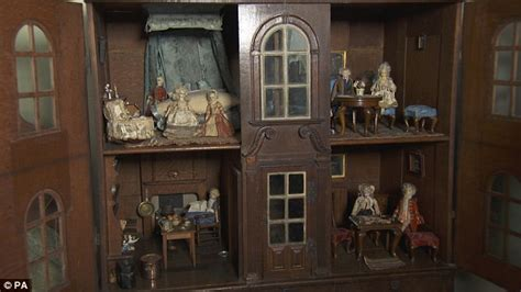 old doll house bbc presenter races to see 300 year old doll s house worth 163 150 000 daily mail online