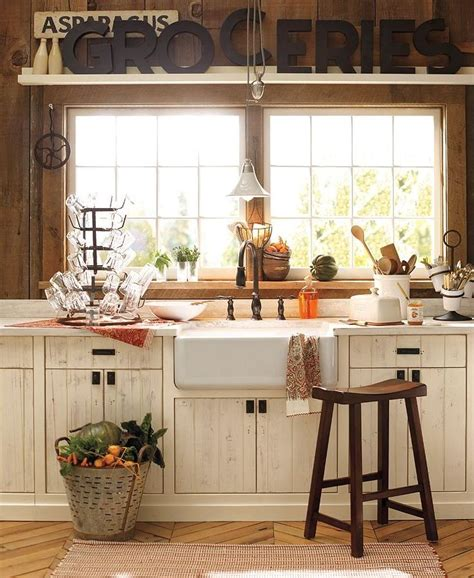 Country Cottage Kitchen Designs Charming Country Kitchen Content In A Cottage