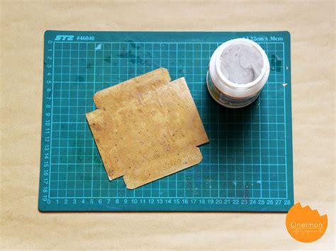 tutorial melipat bungkus kado diy tutorial ink splattered wrapping paper onelmon